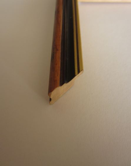brown-wood-picture-frame-del-02