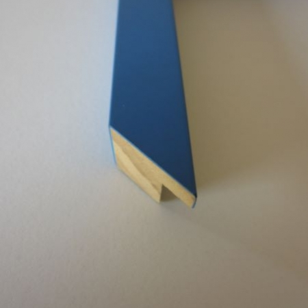 coloured-wood-light-blue-cube-picture-frame