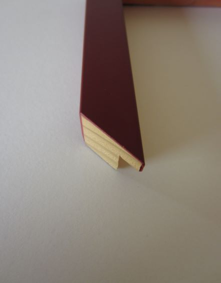 coloured-wood-maroon-cube-picture-frame