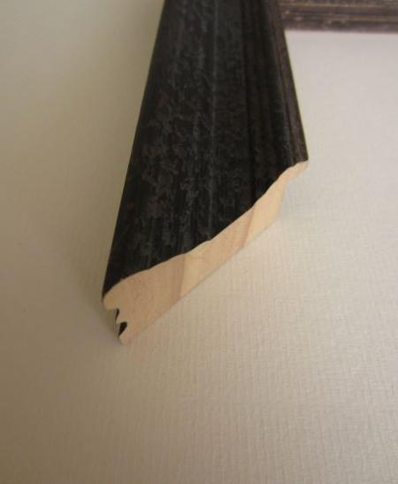 black-wood-picture-frame-755287