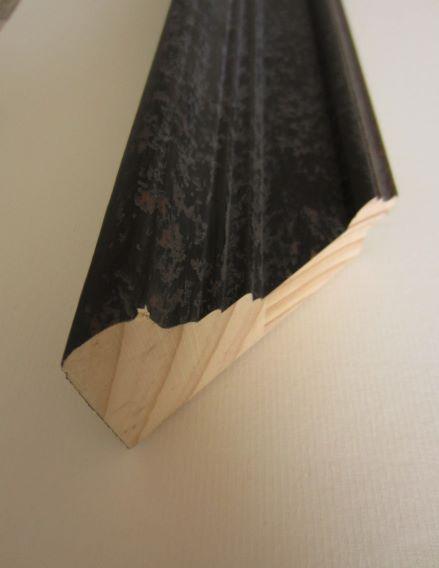 black-wood-picture-frame-756287